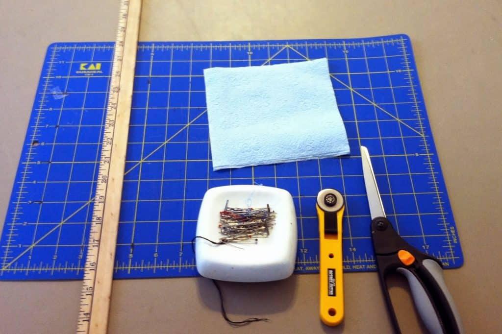 Tools for fleece blankets