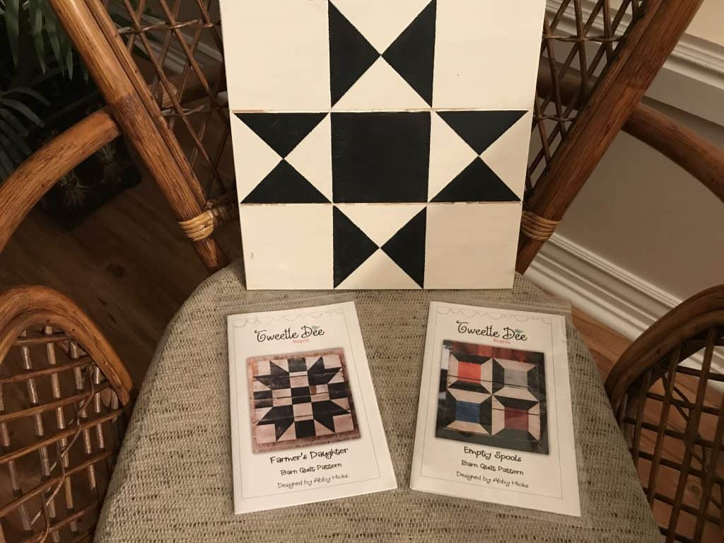 Barn Quilt Designs for Christmas